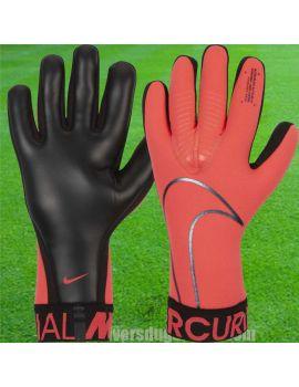 Nike - Gant de gardien Mercurial Touch Victory Rouge GS3885-686 / 61 Gants de Gardien Match dans votre boutique en ligne Univ...